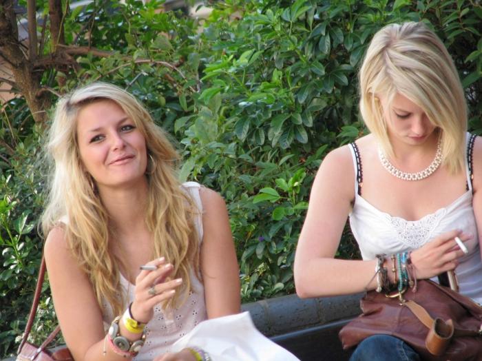 nimfomana Roxana_25 din Alba de 19 ani