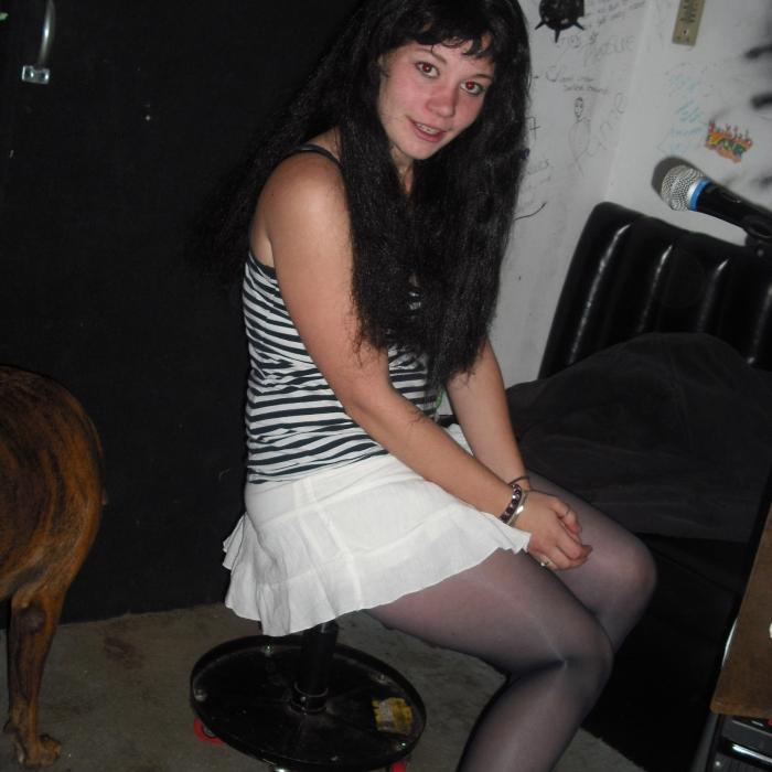 nimfomana Ralukapopescu din Dolj de 18 ani