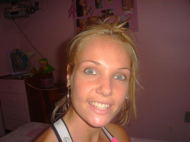 nimfomana Aila777 din Cluj de 18 ani