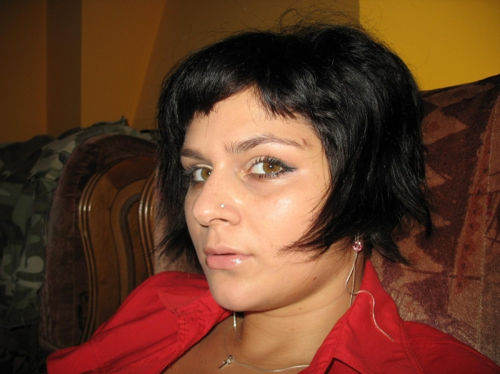 nimfomana Csorba_emese79 din Vrancea de 28 ani