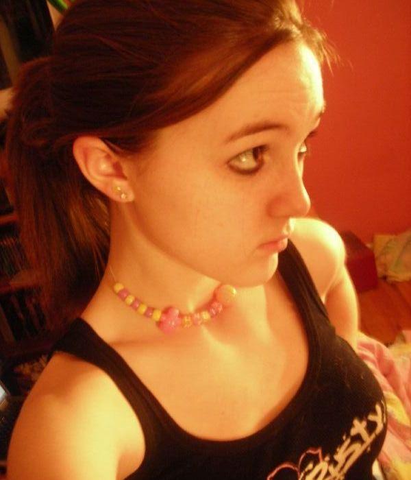 nimfomana Emilia23 din Brasov de 25 ani