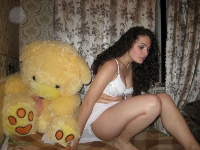 nimfomana Florescu_alice din Bucuresti de 26 ani